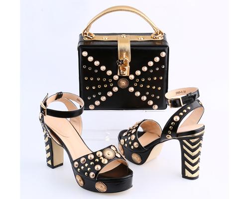 Combo of handbag and footwear