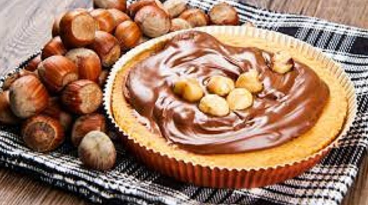 Nuts Cake with Nutella