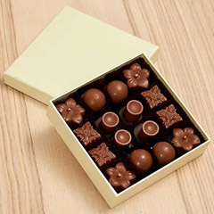 16 Pcs Assorted Chocolate Box