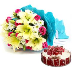 Elegant Bouquet with Cake