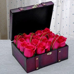 Pink Roses Arrangement in Wooden Box