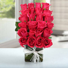Arrangement Of Lovely Roses