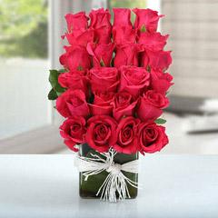 Arrangement Of Lovely Roses