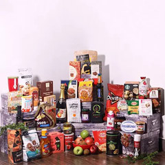 Grand Holiday Gift Hamper