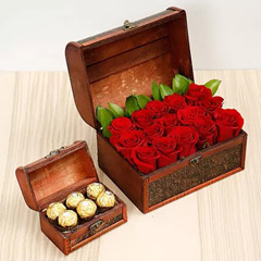 Elegant Box Of 15 Red Roses and Chocolates