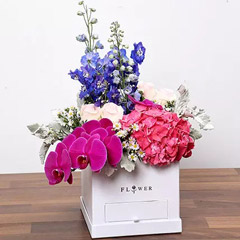 Dazzling Floral Box With Chocolates
