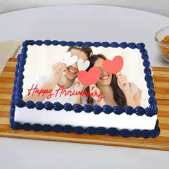 In Love Anniversary Photo Cake