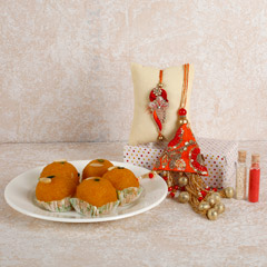 Orange Lumba And Laddoo Combo