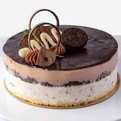 Yummy Oreo & Nutella Cake