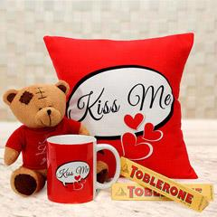 Teddy Kiss Me