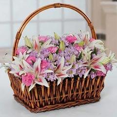 Attractive Flowers Basket