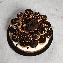 Chocolate Profiterole 8 Portion