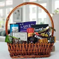Small Basket Chocolate Wonder