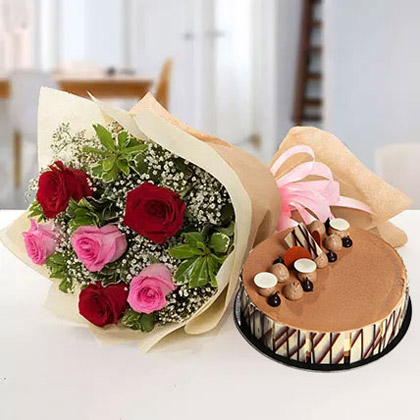 Gorgeous Roses Bouquet With Triple Chocolate Cake
