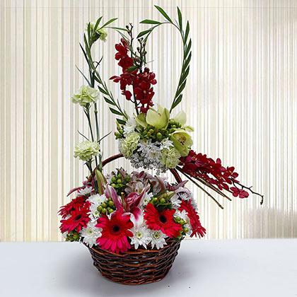 Natural Holiday Basket