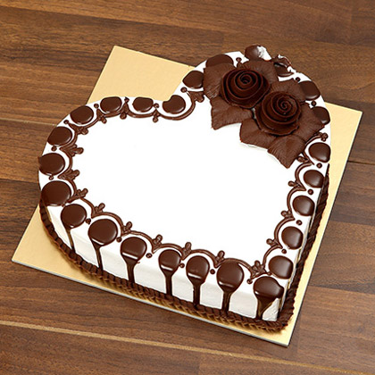 Heart Shaped Chocolate Cake For Valentines Day