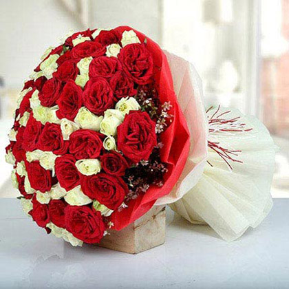 Red and White Roses Bouquet