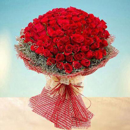 100 Red Roses Bouquet of Love