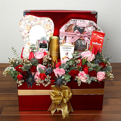 Flowers and Chocolates Hamper