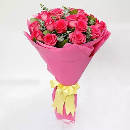 Ravishing 20 Dark Pink Roses Bouquet